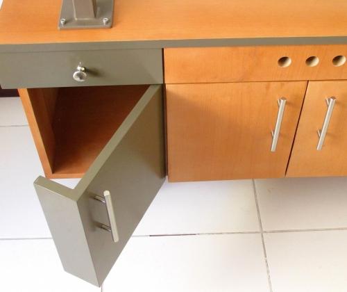 Auxiliar de oficina, diseño ecuador, muebles, la mueblería, muebles de oficina, libreras, escritorios, sillas, mesas