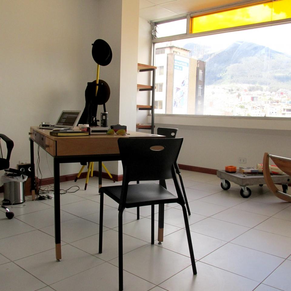 Oficina Director. Diseño personalizado de muebles hogar y oficina quito ecuador