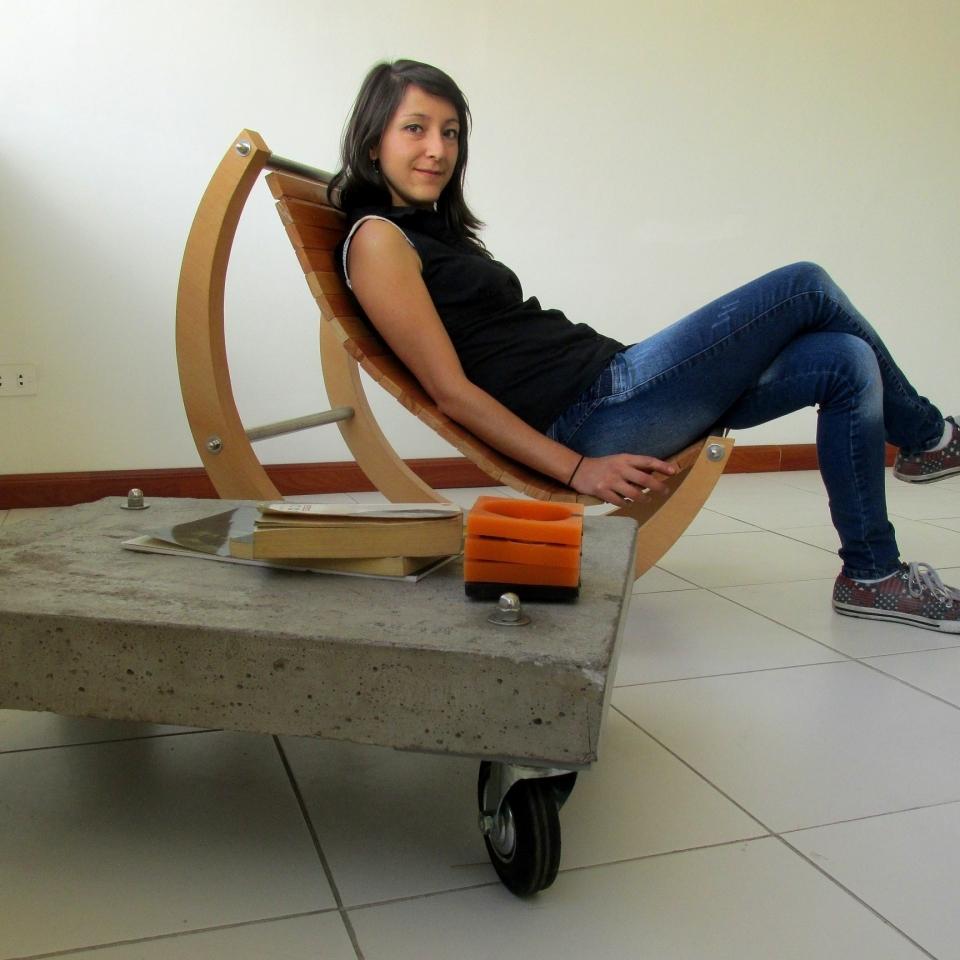 Silla Moon 2. Diseño y venta de muebles quito ecuador